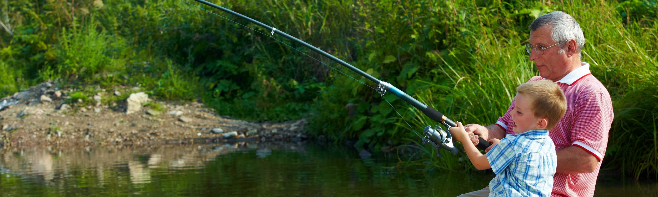 Fishing at Torworth Grange, Retford, Notts, fish in one of our many lakes filled with carp and a variety of silver fish, in peaceful surroundings with all the facilities, near worksop, tickhill, tuxford, harworth